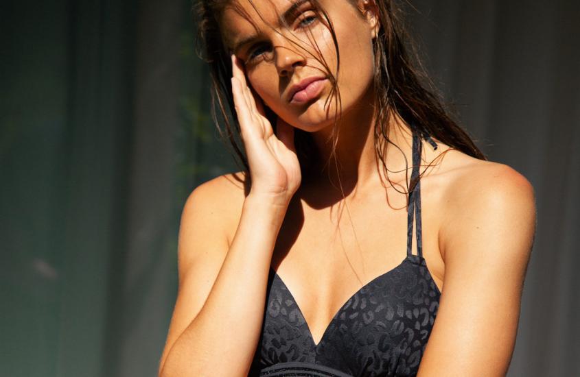 Halter bikini – koopgids